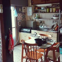 女性で、のごちゃごちゃ/昭和感たっぷり/生活感たっぷり/団地/賃貸/社宅…などについてのインテリア実例を紹介。「朝の台所仕事完了!」(この写真は 2015-11-21 09:24:16 に共有されました)