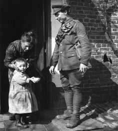 Soldier leaving for the First World War, c 1914-1918.