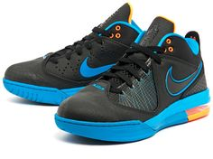 Nike Air Max Ambassador IV Sneakers