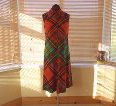 / Tartan plaid California 'The Look you Love' midi dress / made in England Tartan Plaid, Love S, Dress Making, 1970s, Wrap Dress, England, California, Summer Dresses, Trending Outfits