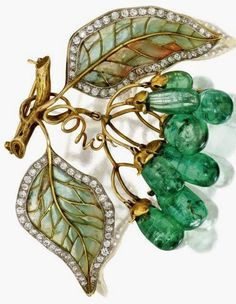 Art Nouveau Gold, Emerald, Diamond, Plique-à-Jour Enamel Brooch, Marcus & Co., Circa 1900