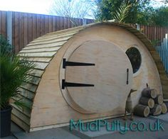 Hobbit Hidey Hole Playhouse  MudPutty.co.uk
