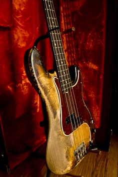 Old Fender Precision Bass -- i just love the relic-ing in this baby