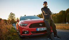 Medio siglo al volante de un Ford Mustang - http://autoproyecto.com/2016/11/medio-siglo-al-volante-de-un-ford-mustang.html?utm_source=PN&utm_medium=Pinterest+AP&utm_campaign=SNAP