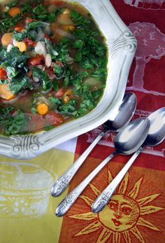 Recipe: Chunky vegetable chicken soup - California Cookbook