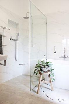 Lavare Bathroom Renovation Amalfi Elegance Bathroom Showrooms, Bathroom Renovations, Bathroom Interior, Bathroom Ideas, Boutique Bathroom, Relaxing Bathroom, Chula, Hamptons House, Beautiful Bathrooms