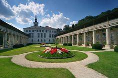 Manor Houses, Palaces, Czech Republic, Prague, Cathedral, Castle, Mansions, House Styles, Viajes