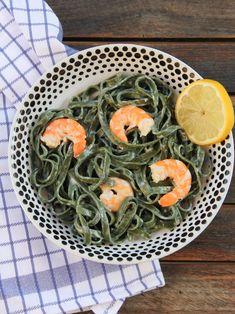 Tagliatelles à la spiruline et aux crevettes (pour la recette, cliquez sur l'image) - #wbzh #healthy