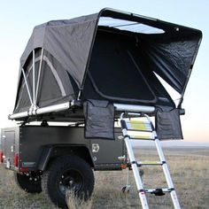 Freespirit's line up of Jeep roof top tents keeps you high and dry for any camping or hunting trips. Jeep Camping, Camping Guide, Diy Camping, Camping Hacks, Camping Ideas, Camping List, Camping Supplies, Diy Roof Top Tent, Top Tents