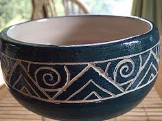 Pottery Mugs, Pottery Bowls, Ceramic Bowls, Ceramic Pottery, Clay Bowl, Clay Mugs, Pottery Painting Designs, Pottery Designs, Ceramic Painting