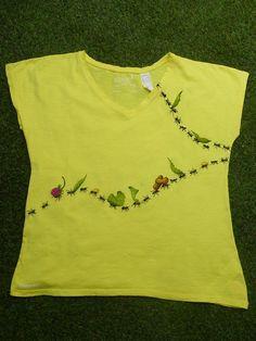 Camiseta pintada a mano Diseño Hormigas