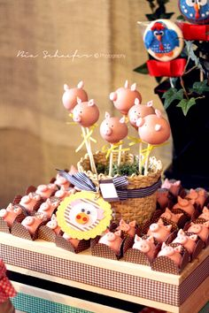 Farm Birthday Party Feature | Love The Day