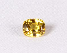 Yellow sapphire brings good luck, charm, name and fame to find more log on to https://www.vishudha.com/products_detail/Yellow%20Sapphire/6.60ct%20Bangkok%20Yellow%20Saphhire