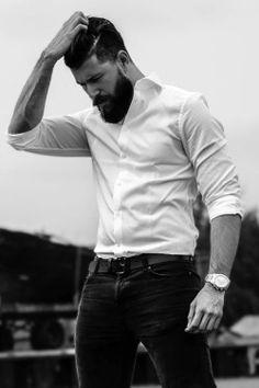 Beard Styles For Men, Hair And Beard Styles, Funny Faces Images, Barba Sexy, Hottest Guy Ever, Sexy Beard, Fitness Workout For Women, Photography Poses For Men, Awesome Beards
