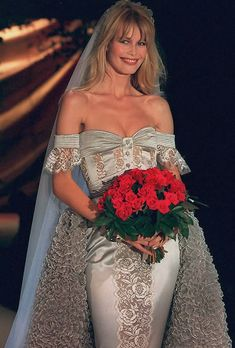 Claudia Schiffer at Valentino haute couture s/s 1995