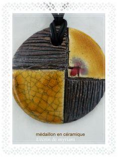 Médaillon en céramique. Pièce unique