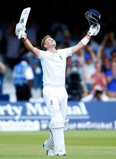 Joe Root progressed untroubled to a double-hundred as England piled up the runs