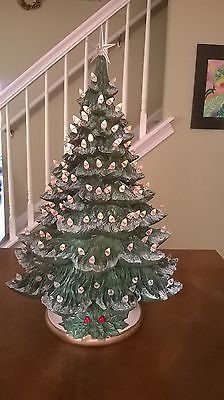 Nowells Vintage Ceramic Christmas Tree tall with white lights Old Time Christmas, Christmas Love, Christmas Photos, All Things Christmas, Christmas Decorations, Christmas Ornaments, Holiday Decor, Vintage Ceramic Christmas Tree, Xmas Tree
