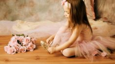 Download Wallpaper ID 2048879 - Desktop Nexus People #ballet #ballerina #girl #girls #cute #photography #dance #tutu #tulle #viola #color #colors #amazing #beautiful #costume #costumes #grace #eleganza #beauty #danza #love #music #symphony