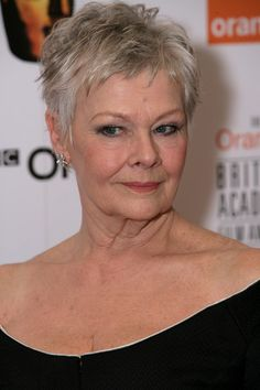 20+ Short Haircuts for Women Over 50 | Judi dench, Bond series and Stage