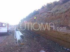 Estabilización de talud y control de la erosión mediante muro verde en La Rioja (1). #Taludes #Erosión #Bioingeniería #MurosVerdes + info: http://www.solutioma.com/estabilizacion-taludes/muros-verdes.php