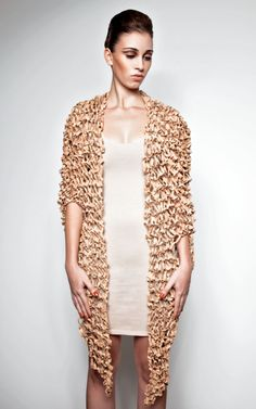 Made of cork yarn. Yoga Accessories, Cork, Knitwear, Kimono Top, Textiles, Pure Products, Knitting, Sweaters, Closet Bar