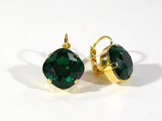 Ohrringe Emerald, Ohrringe vergoldet, Kristall, viereckig, diagonal, Geburtsstein, Leverback Ohrringe, Braut Ohrringe, Brautjungfer Geschenk von RSSchmuckwelt auf Etsy