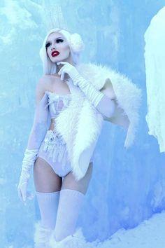Snow White Queen, Winter Wonderland, Style, Fashion, Swag, Moda, Fashion Styles, Fashion Illustrations, Outfits