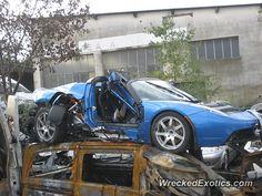 Tesla Roadster crashed in France