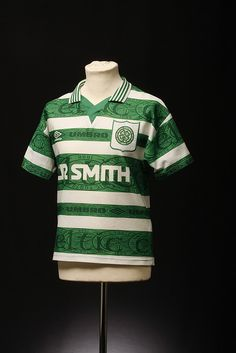 Celtic Football Shirt (Home, Football Uniforms, Football Kits, Sport Football, Football Jerseys, Sports Jerseys, British Football, Classic Football Shirts, Celtic Fc, Retro Shirts