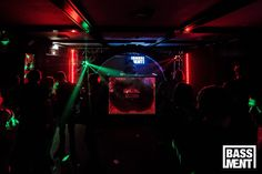 Bassment infinity mirror Dj-booth