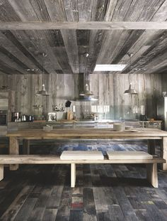 A wooden house in Cap Ferret, France Rustic Chic Kitchen, Chalet Interior, Interior Design, Masculine Interior, Minimal, Wooden House, House In The Woods, Beautiful Interiors, Kitchen Interior
