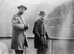 Bonnard and Vuillard on a boat on Lake Como or Garda in Italy, 1899. Photo: Roussel Ker Xavier. Paris, Musée d'Orsay