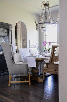 Elegant Easter Table - Decor Gold Designs