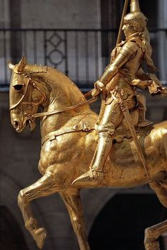 The statue was placed where Joan of arc was wounded during her unsuccessful attempt to enter Paris.
