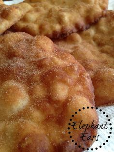 Elephant Ears are the prefect fair or carnival food. Sprinkled with a mixture of cinnamon and sugar or dusted with powdered sugar. Donut Recipes, Pastry Recipes, Cooking Recipes, Elephant Ears Recipe, Elephant Eating, Amish Baked Oatmeal, State Fair Food, Carnival Food, Little Cakes