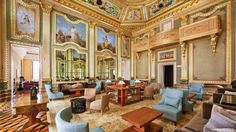 The Pousada do Porto, Freixo Palace Hotel rises to the top of the hospitality world with its admission in the prestigious The Leading Hotels of the Word collection.