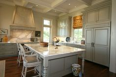 Mississippi 1 - Traditional - kitchen - new orleans - Classic Cupboards, Inc