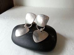 Marjorie Baer Silver Geometric Modernist Kinetic Clip On Dangle Drop Earrings - MBSF ©