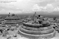 Candi Borobudur Setelah Peledakan di Magelang, Jawa Tengah (tempo.co)