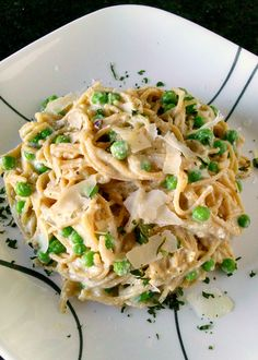 A Kitchen Hoor's Adventures: Pea and Ricotta Carbonara #Meatfree #MeatlessMonday