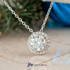 Gifting yourself isn't as bad as you think! Especially when it involves moissanite!