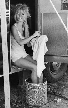 One day I'll be this effortlessly sexy.  And have legs like that.  Oh, Bardot.
