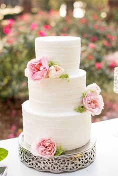 white and pink cake | Kimberly Florence Photography | Glamour & Grace