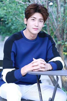 ZE:A 8/5 ヒョンシクインタビュー記事&写真③☆ Asian Celebrities, Asian Actors, Korean Actors, Celebs, Korean Star, Korean Men, Park Hyungsik Cute, K Pop, Dramas