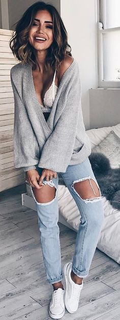 #winter #fashion /  Grey Knit / Destroyed Skinny Jeans / White Sneakers
