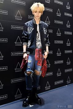 Look at Key's outfit! Lockets do you like it! I love all of it! Honestly! I even love That Jacket I mean it's super wicked!!! Yeah I saw all those symbols Kibummie! Gassp! Key can get away with it since he and SHINee music are my Kryptonite!!!! Truth is, I so wanna steal this look I'd tweak it, the jacket and t-shirt would be covered in SHINee symbols. heart's, a giraffe, Y'know tame random stuff I like:)