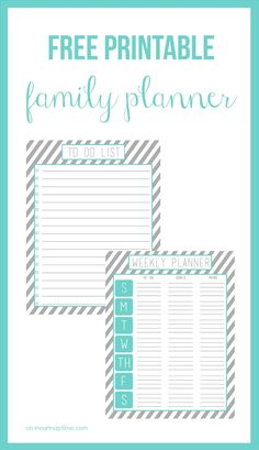Free printable family planner (over 20 free pages)! Great way to get organized in the New Year!
