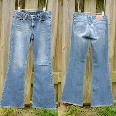 Lucky Brand boot leg jeans, medium wash, 6 Medium wash Lucky Brand boot leg/flare jeans. Great fit!  Size 6. Lucky Brand Jeans Boot Cut