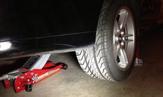 http://www.strictlyforeign.biz/default.asp BMW E39 Strut Replacement DIY